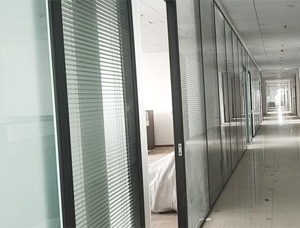 轻化工大学图书馆办公隔断