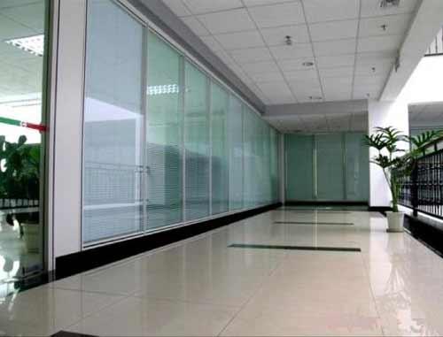 磨砂玻璃隔断墙安装