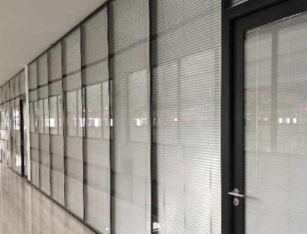 办公玻璃隔断墙