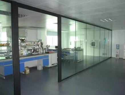 单层透明玻璃隔断墙