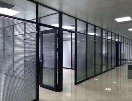 双层玻璃隔断墙安装